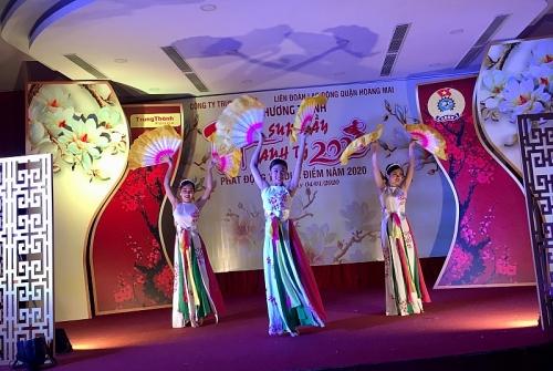 CNVCLĐ Thủ đô đón Tết Canh Tý vui tươi, phấn khởi