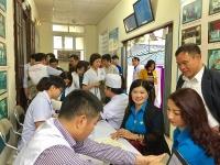 Mỗi công đoàn cơ sở tổ chức ít nhất 1 ngày hiến máu tình nguyện