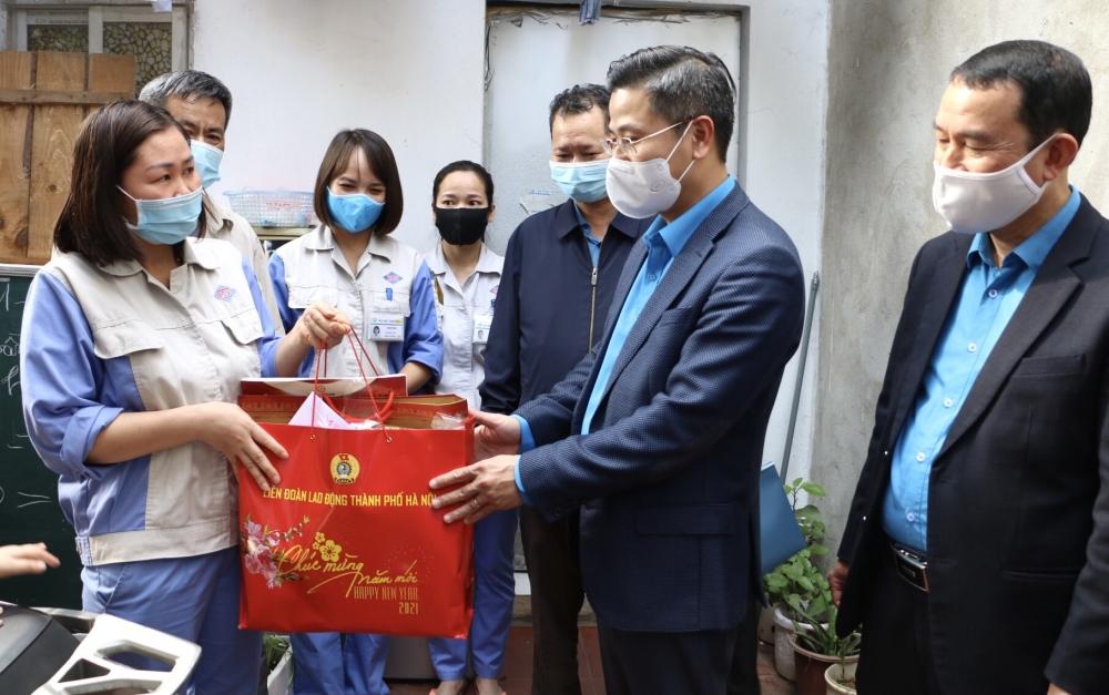 Quan tâm kịp thời người lao động ngoại tỉnh không về quê đón Tết