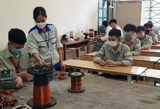 Hà Nội: Nâng tỉ lệ lao động qua đào tạo lên 71,5% vào cuối năm 2021