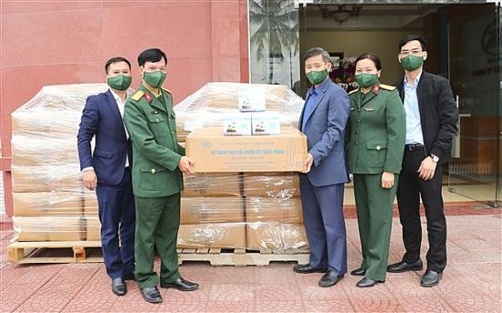 Huyện Gia Lâm tiếp nhận hỗ trợ vật tư y tế phòng chống, dịch Covid- 19 của công ty Z176