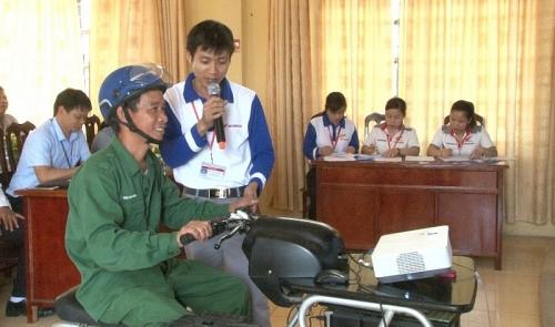 nang cao y thuc chap hanh phap luat an toan giao thong cho cong nhan vien chuc lao dong
