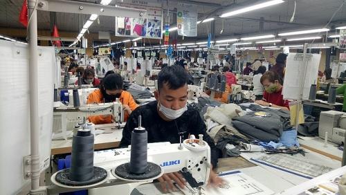 Giám sát việc thực hiện chế độ, chính sách đối với người lao động bị ngừng việc vì dịch bệnh