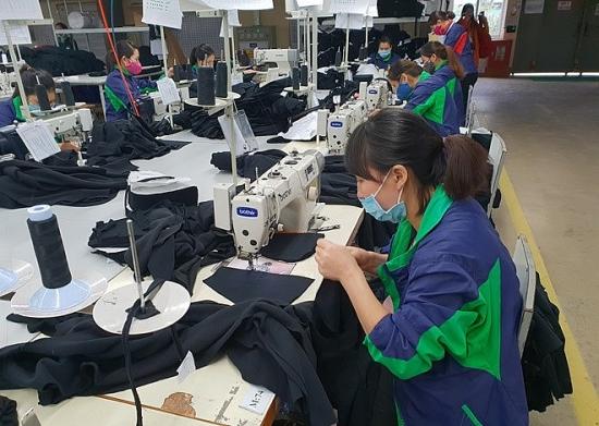 Khảo sát việc thực hiện chế độ, chính sách đối với lao động nữ năm 2021
