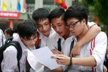 Học sinh nộp đơn dự tuyển vào 31/5/2018
