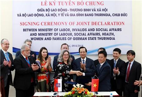 Đức tăng cường hỗ trợ đào tạo nghề cho thanh niên Việt Nam