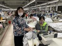 Công đoàn thường xuyên theo dõi, hỗ trợ kịp thời công nhân lao động khó khăn