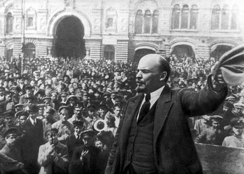 Công đoàn Thủ đô tăng cường tuyên truyền kỷ niệm 150 năm Ngày sinh V.I.Lênin