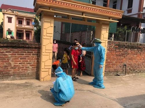 50 sinh viên tình nguyện tham gia phòng, chống dịch Covid- 19 tại Hạ Lôi