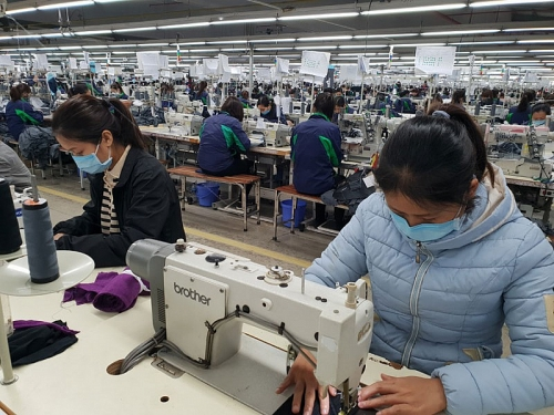Người lao động thuộc diện nhận từ gói hỗ trợ 62.000 tỷ đồng cần hoàn thiện hồ sơ ra sao?