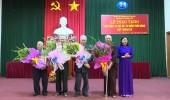 Trao tặng Huy hiệu 70 năm tuổi Đảng cho đảng viên lão thành huyện Thường Tín