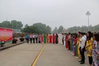 LĐLĐ quận Hoàng Mai báo công dâng Bác và tuyên dương lao động tiêu biểu
