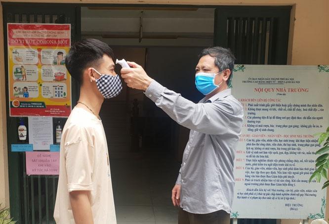 Hà Nội: Học sinh, sinh viên các cơ sở giáo dục nghề nghiệp tạm dừng đến trường từ ngày 4/5
