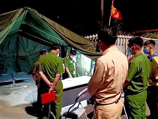 Công an huyện Gia Lâm: 100% quân số tham gia các chốt kiểm soát dịch