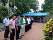 Đoàn cán bộ chủ chốt Cụm thi đua LĐLĐ 5 thành phố trực thuộc Trung ương dâng hương tưởng niệm lãnh tụ Nguyễn Đức Cảnh
