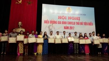 Biểu dương 100 Gia đình CNVCLĐ tiêu biểu năm 2017