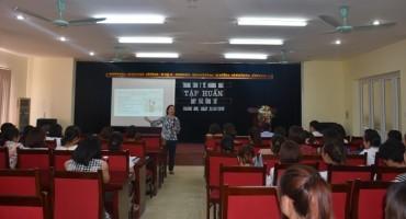 Cán bộ, viên chức, người lao động Trung tâm Y tế quận Hoàng Mai  thực hiện tốt Quy tắc ứng xử