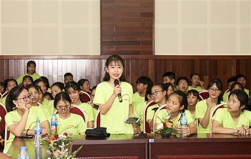Lãnh đạo huyện Gia Lâm lắng nghe tiếng nói trẻ em