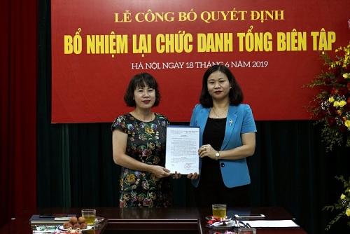Công bố Quyết định bổ nhiệm lại Tổng Biên tập báo Lao động Thủ đô