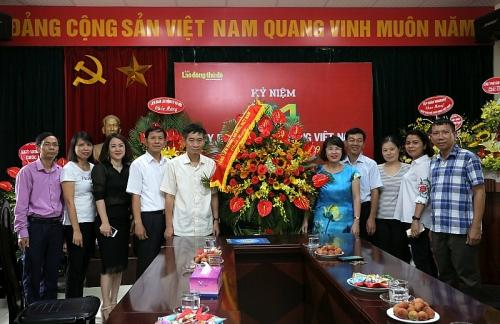 Lãnh đạo Tổng LĐLĐ Việt Nam chúc mừng báo Lao động Thủ đô