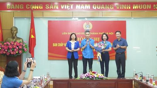 Đồng chí Bùi Huyền Mai giữ chức Chủ tịch Liên đoàn Lao động Thành phố
