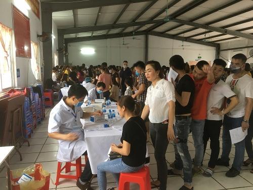 1500 công nhân ngành Dệt May Hà Nội được khám sức khỏe định kỳ