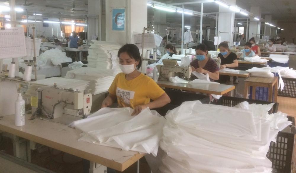"""Công đoàn ngành Dệt - May Hà Nội: Thực hiện tốt mục tiêu """"An toàn để sản xuất"""""""