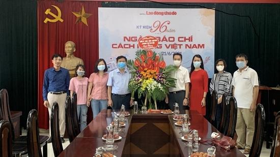 Lãnh đạo Thành ủy Hà Nội chúc mừng báo Lao động Thủ đô nhân kỷ niệm Ngày Báo chí Cách mạng Việt Nam