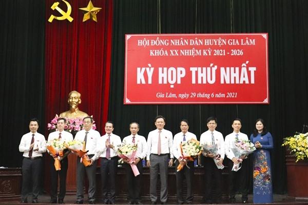 Kiện toàn các chức danh chủ chốt Hội đồng nhân dân, Ủy ban nhân dân huyện Gia Lâm