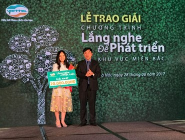 Viettel trao thưởng cho các khách hàng góp ý xuất sắc nhất về sản phẩm dịch vụ