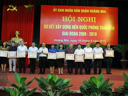 Quận Hoàng Mai: Xây dựng nền quốc phòng toàn dân ngày càng vững chắc