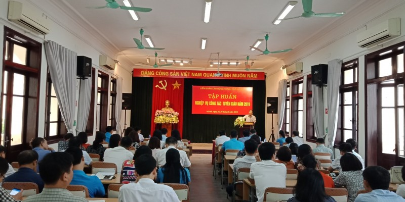 Tập huấn công tác tuyên giáo công đoàn năm 2019