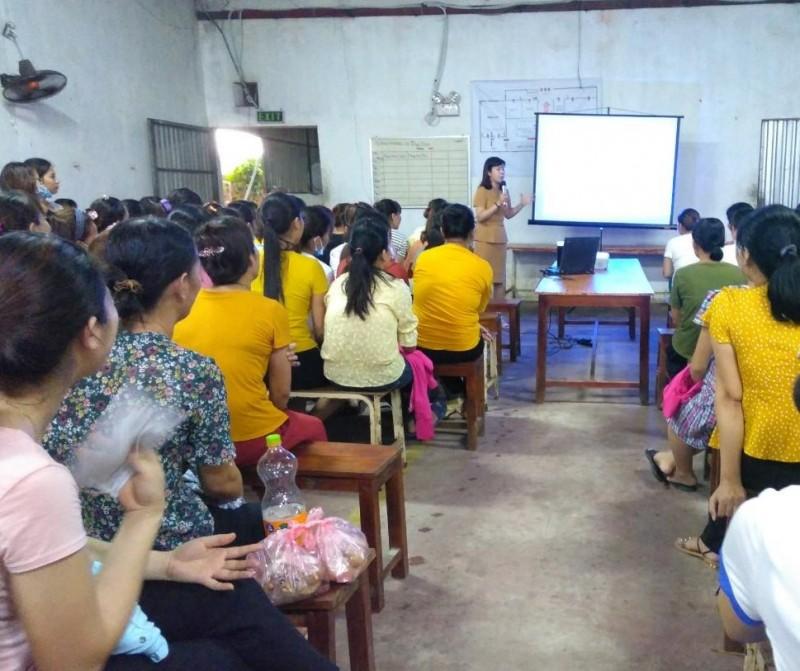 Nâng cao nhận thức về công tác dân số kế hoạch hóa gia đình nữ công nhân