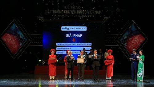 Viettel IDC nhận 3 giải thưởng chuyển đổi số