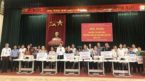 Gia Lâm:  hỗ trợ xây nhà và phương tiện sản xuất cho 59 hộ nghèo, cận nghèo