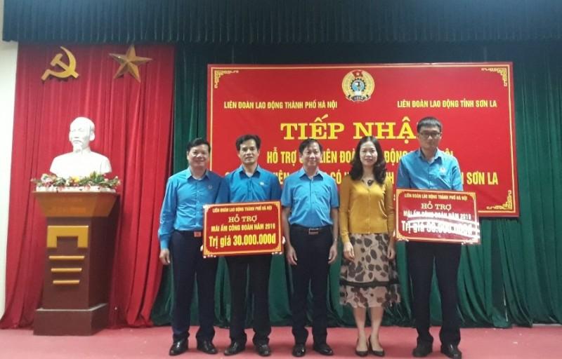 Hỗ trợ 2 Mái ấm công đoàn cho công nhân viên chức lao động tỉnh Sơn La