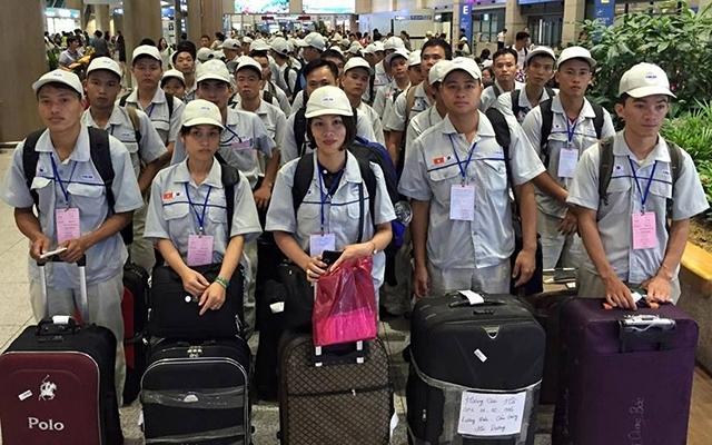 Lao động Việt Nam tại Hàn Quốc có visa E-9 hết hạn cư trú được làm việc thời vụ