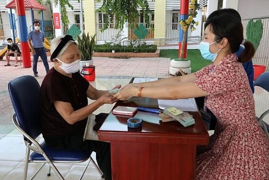 Hà Nội đã có trên 284 ngàn người, hộ gia đình được thụ hưởng chính sách hỗ trợ đặc thù