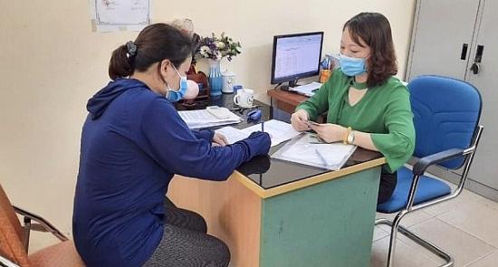 Xã Kim Lan, huyện Gia Lâm kịp thời đưa chính sách hỗ trợ đến với người dân khó khăn