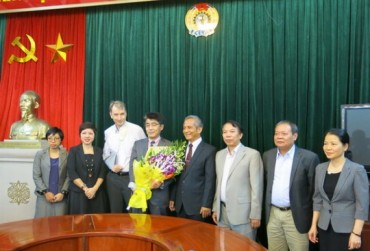 Chủ tịch Tổng LĐLĐ Việt Nam làm việc với tân Giám đốc Văn phòng ILO