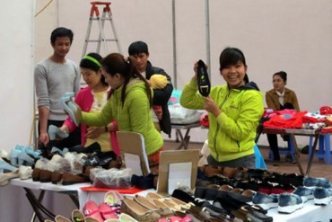 Tổ chức  Hội chợ hàng Việt năm 2016 cho CNLĐ