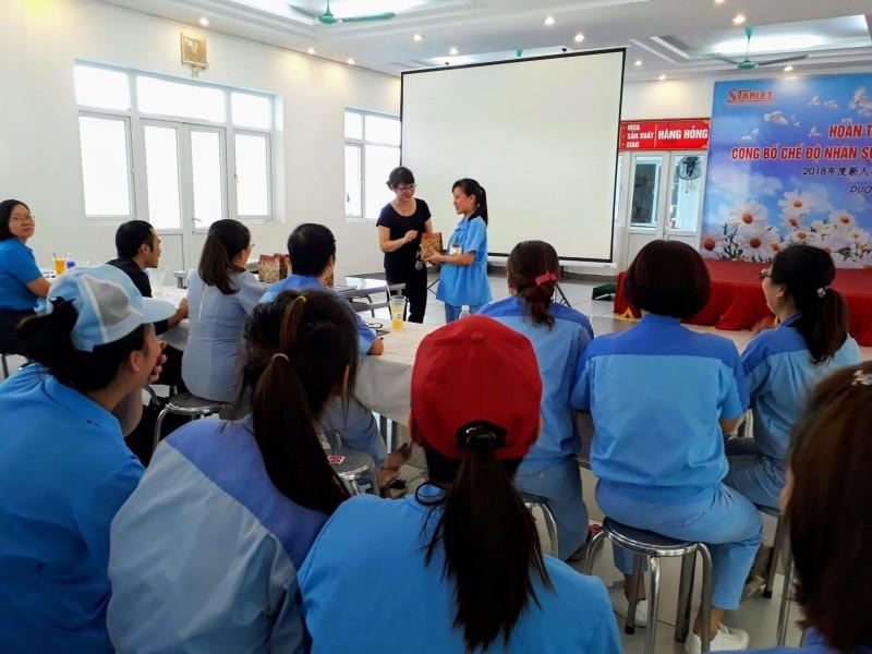 LĐLĐ huyện Gia Lâm: Tuyên truyền pháp luật BHXH, BHYT cho công nhân
