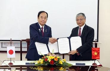 Ký thỏa thuận với tỉnh Saitama – Nhật Bản về sử dụng lao động