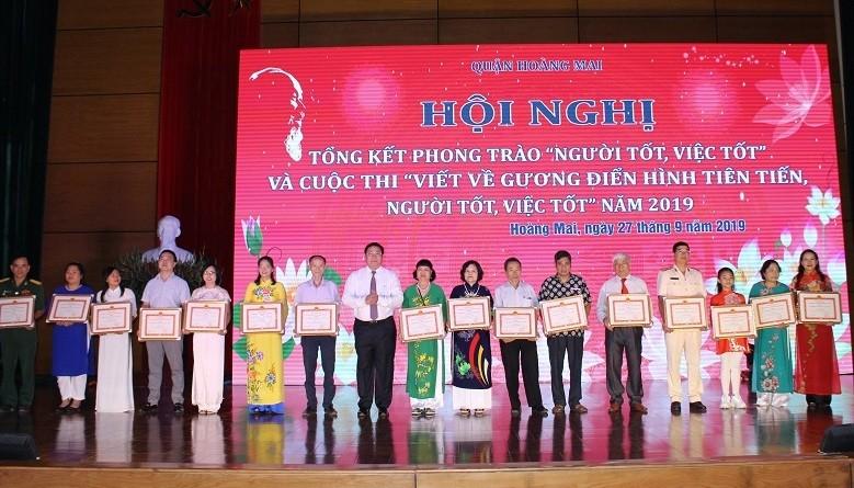 Quận Hoàng Mai: Việc làm tốt của người dân dần trở thành ý thức tự giác