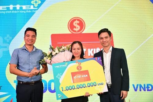 Sử dụng Viettel ++, khách hàng ở Lâm Đồng trúng thưởng 1 tỷ đồng
