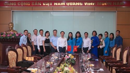 Đoàn đại biểu cấp cao Tổng Công hội Trung Quốc thăm và làm việc với Liên đoàn Lao động thành phố Hà Nội
