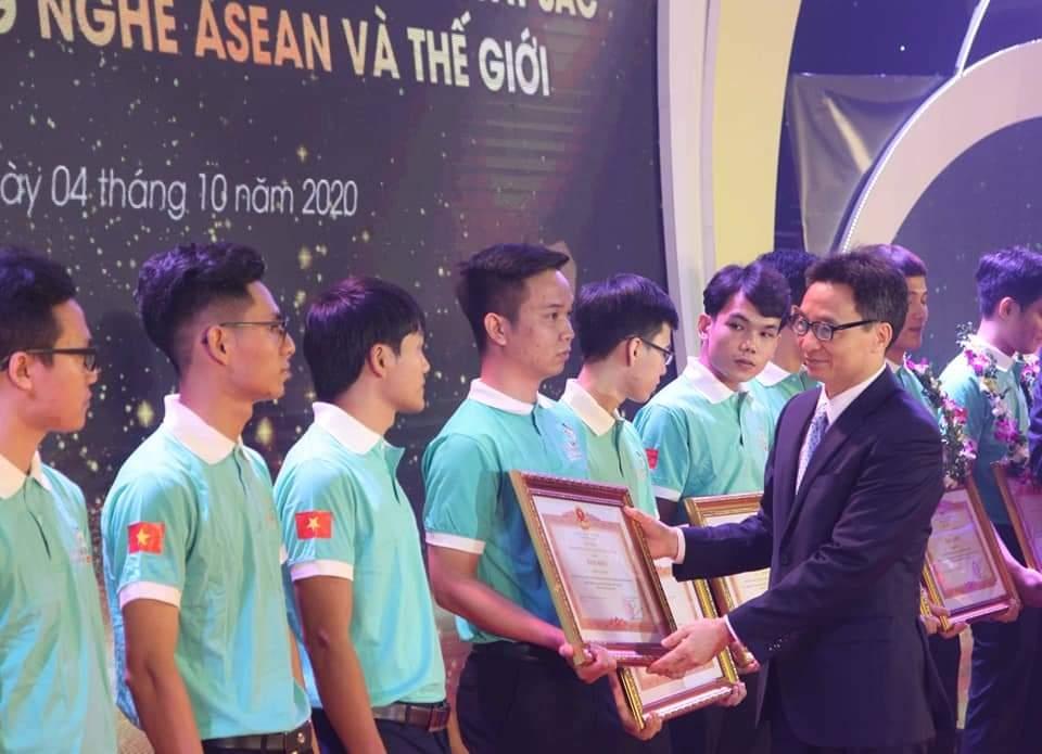 Ngày 4/10 là Ngày  Kỹ năng lao động Việt Nam