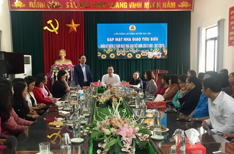 LĐLĐ huyện Gia Lâm gặp mặt 75 nhà giáo tiêu biểu