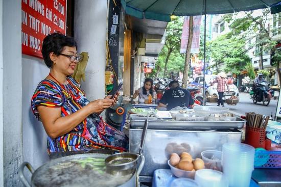 """Viettel """"bắt tay"""" các nhà sản xuất thiết bị phổ cập smartphone toàn dân giá từ 600.000 đồng"""