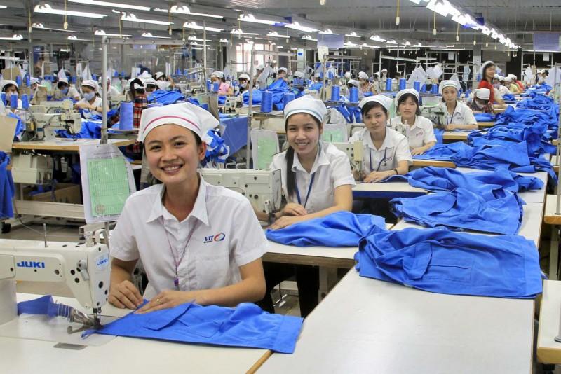 Đảm bảo an sinh xã hội và quyền lợi cho người lao động